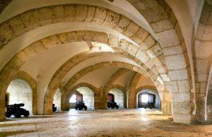Interior de la Torre de Belém en Lisboa