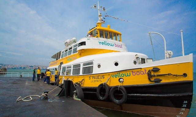 Yellow Boat en Lisboa