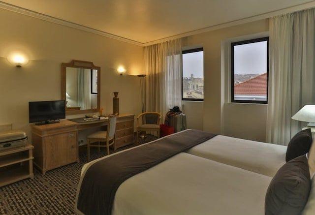 Hotel Mundial en Lisboa - cuarto