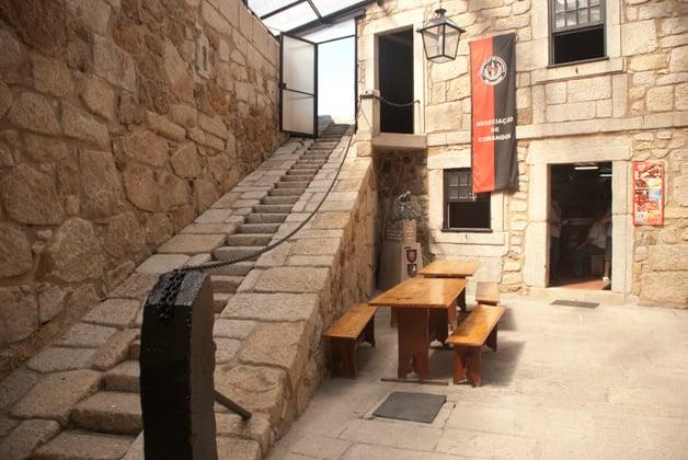 Entrada al Museo del Castelo do Queijo (Museo del Castillo del Queso)