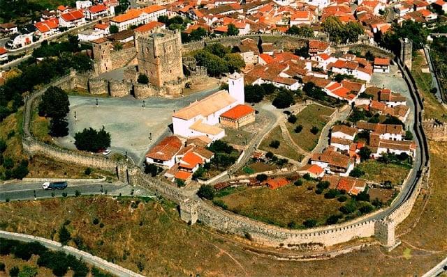 Vista aérea del Castelo de Bragança (Castillo de Braganza)