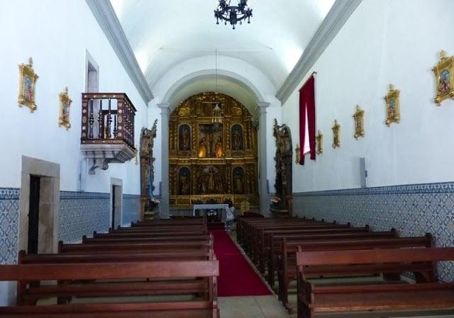 Interior de la Iglesia de la Misericordia