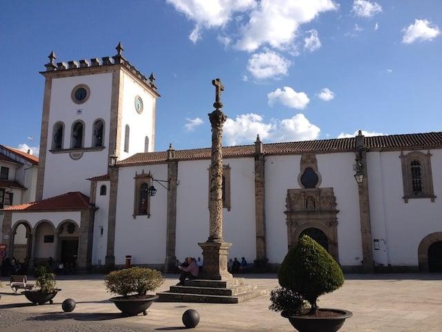 Sé Velha (Catedral Vieja) de Braganza en Portugal