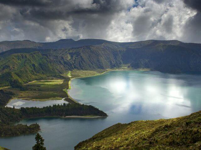 Lagoa do Fogo en las Azores en Portugal