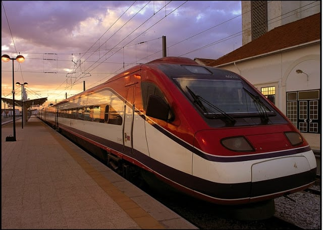 Viaje en tren de Lisboa a Porto